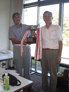 127 ゴルフ 表彰.JPG